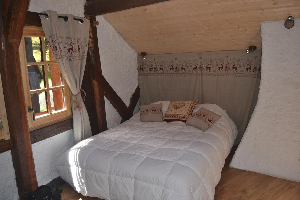 courchevel petit chalet courchevel location montagne 3 vall es. Black Bedroom Furniture Sets. Home Design Ideas