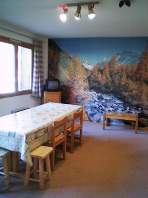 Location Meribel : Salle � manger, avant r�novation